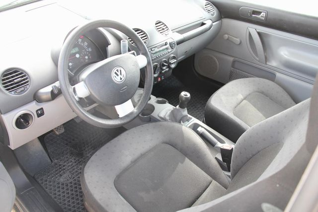 2000 Volkswagen New Beetle GL Santa Clarita, CA 7