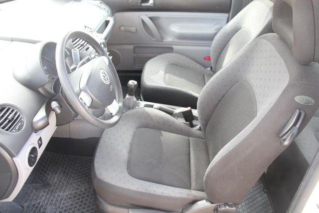 2000 Volkswagen New Beetle GL Santa Clarita, CA 13