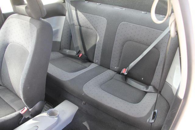2000 Volkswagen New Beetle GL Santa Clarita, CA 15