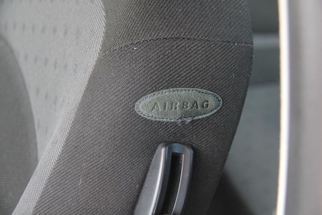 2000 Volkswagen New Beetle GL Santa Clarita, CA 21
