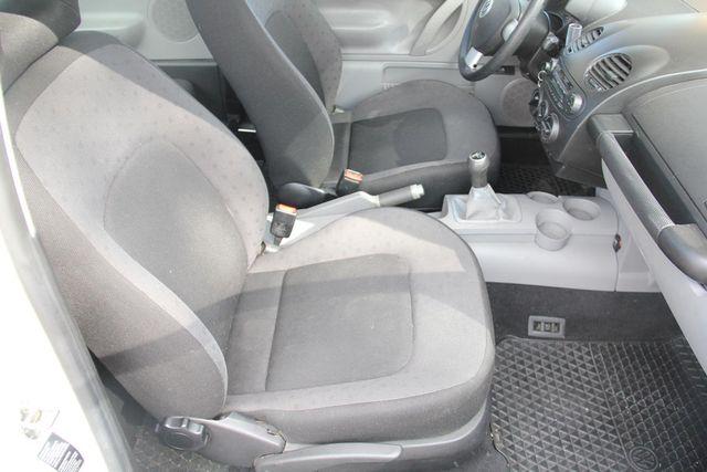 2000 Volkswagen New Beetle GL Santa Clarita, CA 14