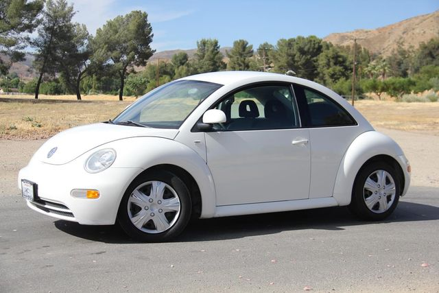 2000 Volkswagen New Beetle GL Santa Clarita, CA 1