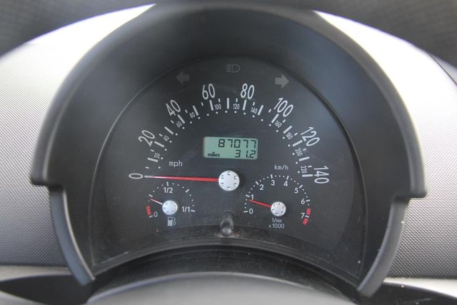 2000 Volkswagen New Beetle GL Santa Clarita, CA 12