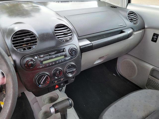 2000 Volkswagen New Beetle GLS Santa Clarita, CA 17