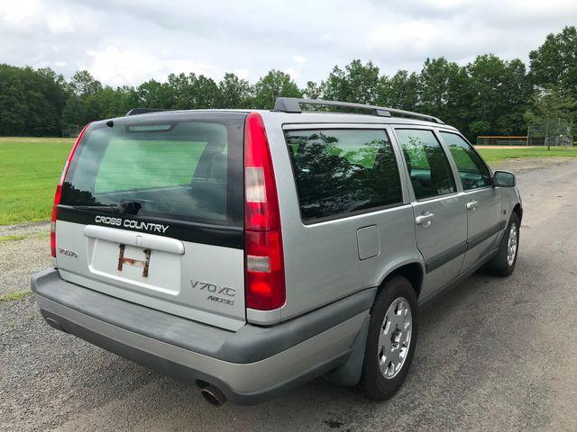 2000 Volvo V70 Ravenna, Ohio 3