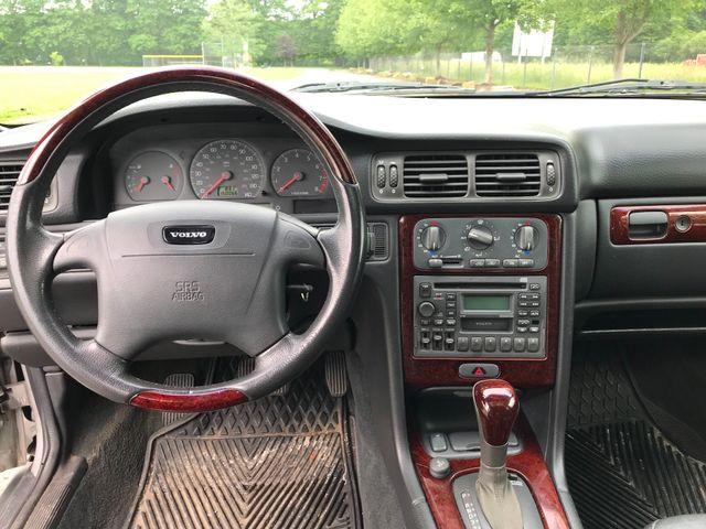 2000 Volvo V70 Ravenna, Ohio 7