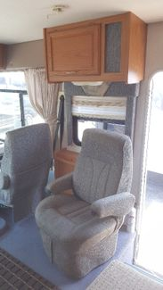 2000 Winnebago Brave 33V   city Florida  RV World Inc  in Clearwater, Florida