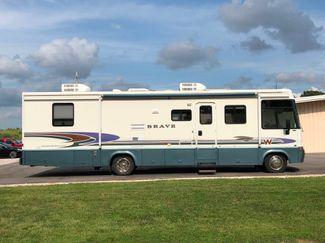 2000 Winnebago Brave in Jackson, MO 63755