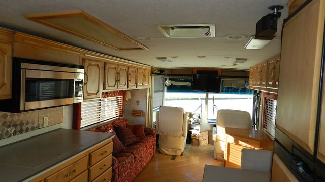2000 Winnebago ULTRAFREEDOM 40 JD Hudson , Florida 15