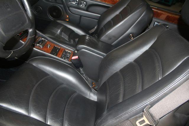 2001 Bentley AZURE Houston, Texas 32