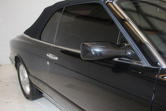 2001 Bentley AZURE Houston, Texas 8