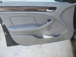 2001 BMW 325i Gardena, California 9