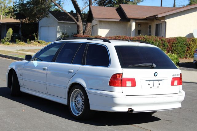 2001 BMW 525iT WAGON SPORTS PKG SERVICE RECORDS AVAILABLE in Van Nuys, CA 91406