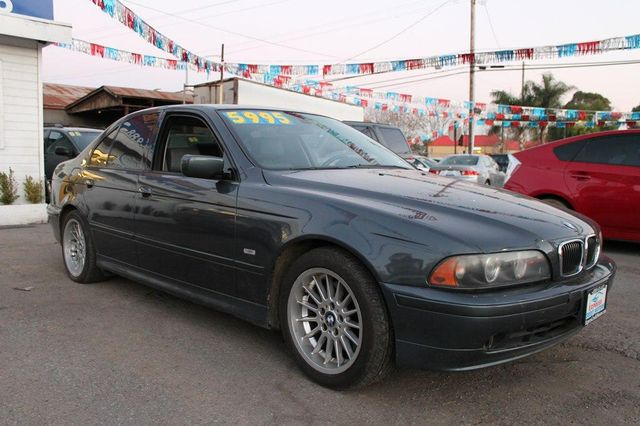 2001 BMW 540i 540iA