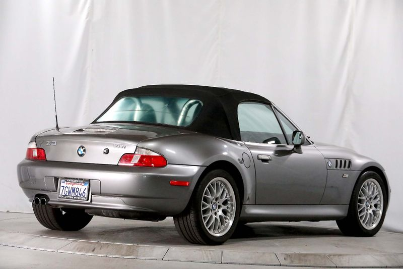 2001 BMW Z3 30i - Sport - Premium   city California  MDK International  in Los Angeles, California