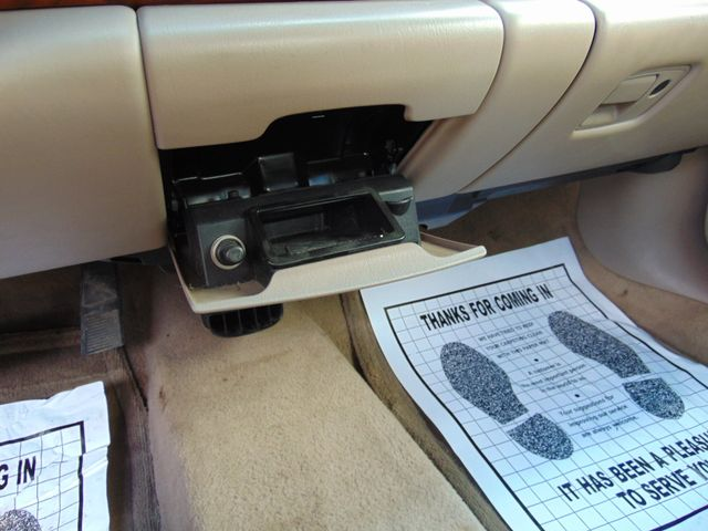 2001 Buick LeSabre Custom Alexandria, Minnesota 16