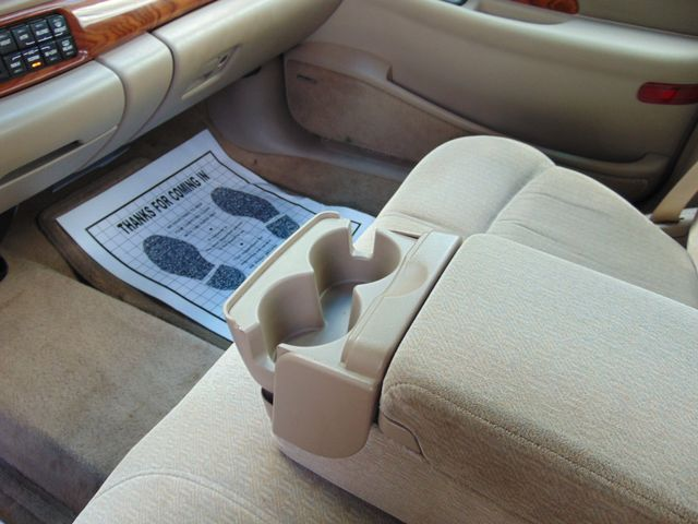 2001 Buick LeSabre Custom Alexandria, Minnesota 8