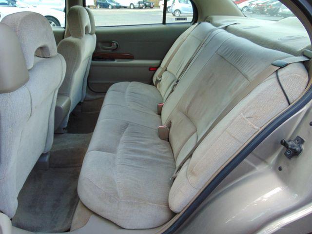 2001 Buick LeSabre Custom Alexandria, Minnesota 9