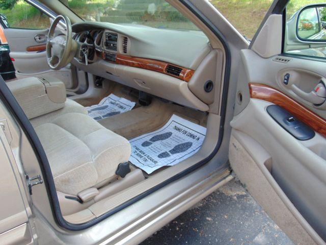 2001 Buick LeSabre Custom Alexandria, Minnesota 19