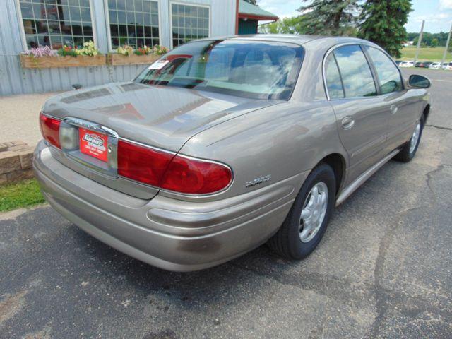 2001 Buick LeSabre Custom Alexandria, Minnesota 4