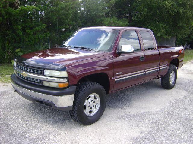 2001 Chevrolet EXT CAB 4WD Z71 in Fort Pierce, FL 34982