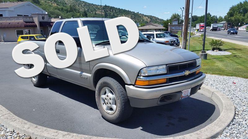 2001 Chevrolet S-10 LS | Ashland, OR | Ashland Motor Company in Ashland OR