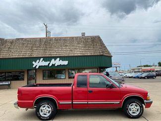 2001 Chevrolet S-10 LS  city ND  Heiser Motors  in Dickinson, ND