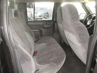 2001 Chevrolet S-10 LS Gardena, California 11