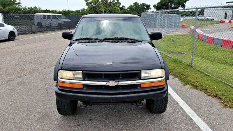 2001 Chevrolet S-10 LS w/ZR2 4x4 1 owner | Palmetto, FL | EA Motorsports in Palmetto, FL