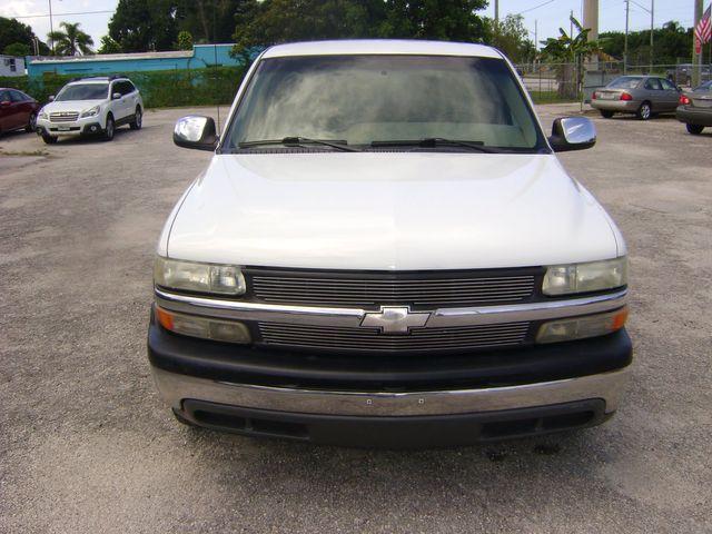 2001 Chevrolet SILVERADO EXT CAB LS in Fort Pierce, FL 34982