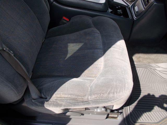 2001 Chevrolet Silverado 1500 LS Shelbyville, TN 17