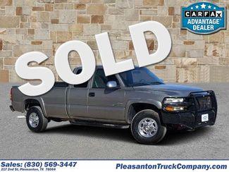 2001 Chevrolet Silverado 2500HD in Pleasanton TX