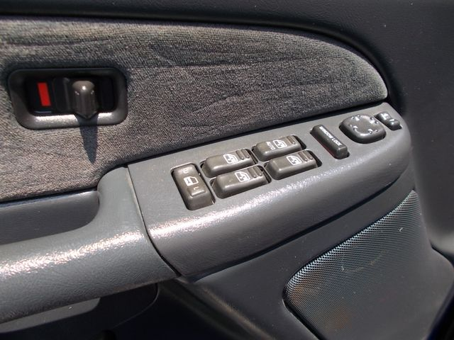 2001 Chevrolet Silverado 2500HD LS Shelbyville, TN 24