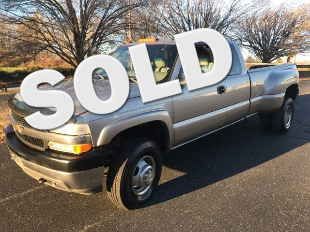 2001 Chevrolet-3 Owner  4x4 Turbo Diesel! Silverado 3500-CREW CAB! LT-CARMARTSOUTH.COM Knoxville, Tennessee