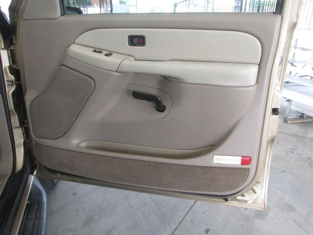 2001 Chevrolet Suburban LS Gardena, California 12