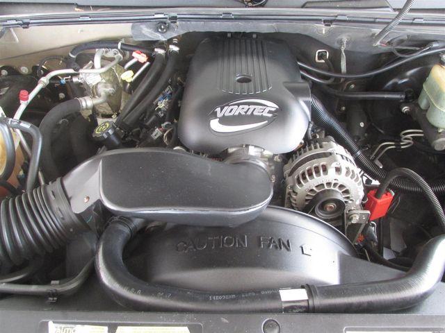 2001 Chevrolet Suburban LS Gardena, California 14