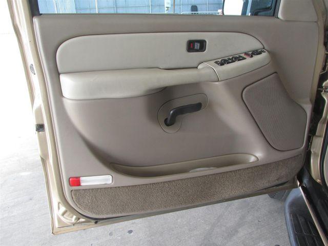 2001 Chevrolet Suburban LS Gardena, California 7