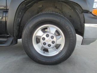 2001 Chevrolet Suburban LT Gardena, California 13