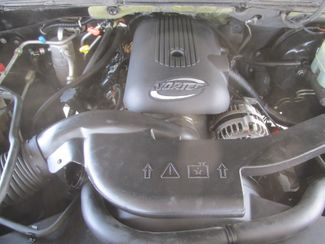2001 Chevrolet Suburban LT Gardena, California 14