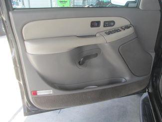 2001 Chevrolet Suburban LT Gardena, California 8