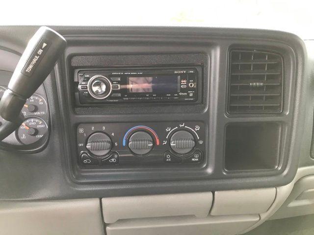 2001 Chevrolet Tahoe LS in Medina, OHIO 44256