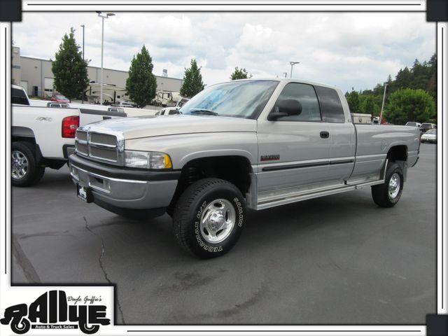 2001 Dodge 2500 Ram Laramie 4WD 5.9L Diesel