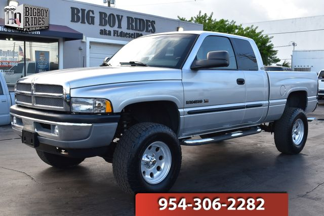 2001 Dodge Ram 1500 SLT Laramie in FORT LAUDERDALE, FL 33309