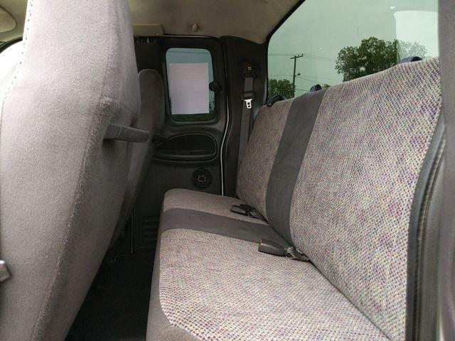 2001 Dodge Ram 1500 in Pleasanton, TX 78064
