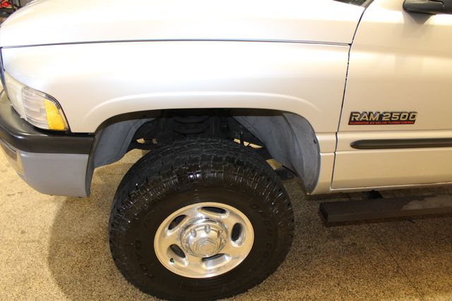 2001 Dodge Ram 2500 Diesel 4x4 manual Long Bed in Roscoe, IL 61073