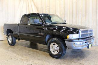 2001 Dodge Ram 2500 Diesel 2wd SLT in Roscoe IL, 61073