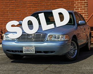 2001 Ford Crown Victoria LX Burbank, CA