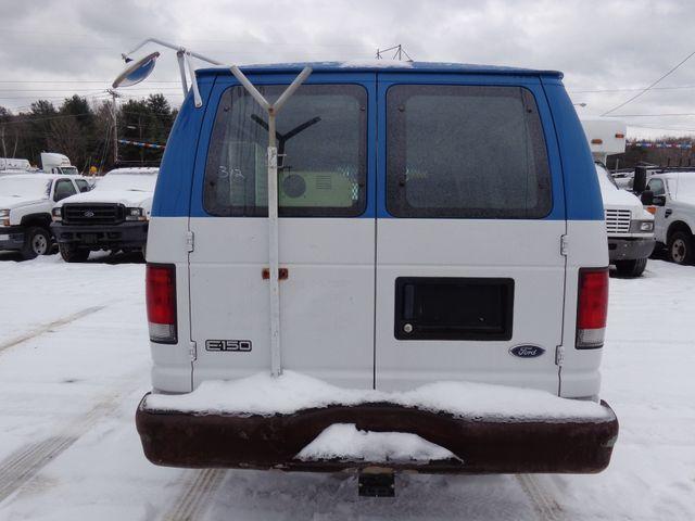 2001 Ford Econoline Cargo Van Hoosick Falls, New York 3