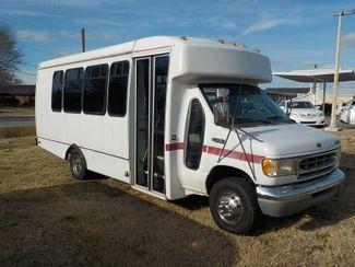 2001 Ford Econoline Commercial Cutaway Fayetteville , Arkansas 3