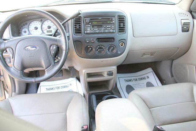 2001 Ford Escape XLT Santa Clarita, CA 7